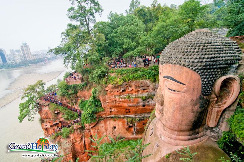 พระใหญ่แห่งเขาเล่อซาน พระพุทธรูปที่ใหญ่ที่สุดในโลก