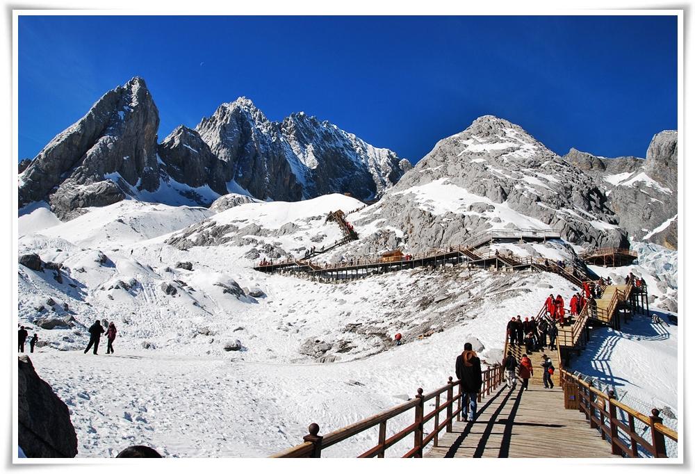 ทัวร์จีน-คุนหมิง-ลี่เจียง-แชงกรีล่า-พิชิต-2-ภูเขาหิมะ-6วัน-5คืน-(MAY-JUN18)(GT-KMG-TG02)