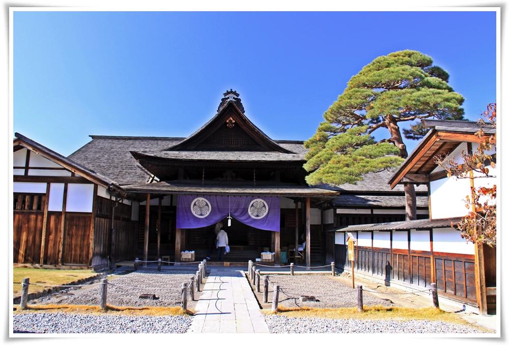 ทัวร์ญี่ปุ่น-OSAKA-TAKAYAMA-KYOTO-6D4N-ซุปตาร์แฟมิลี่ทริป-(APR18)(XJ40)