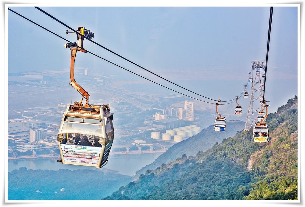 ทัวร์ฮ่องกง WONDERFUL HONGKONG ช้อปปิ้ง กระเช้านองปิง 3 วัน 2 คืน